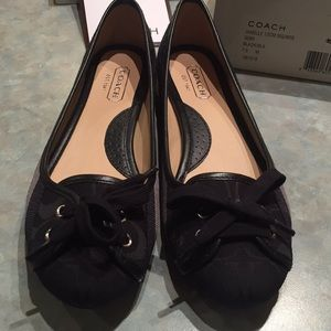 Coach Janelle black and gray flats